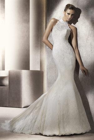 blonde brudekjole havfruemodel