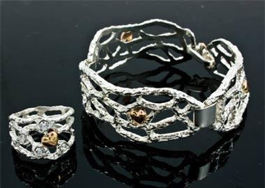 Smykkesæt med armbånd og ring i hvidguld