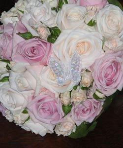 brudebuket af roser