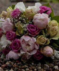 brudebuket roser