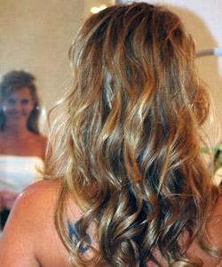 langt krøllet hår frisure