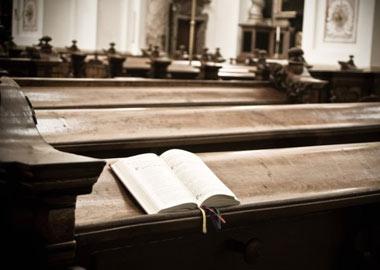 Stolerække i kirke og salmebog