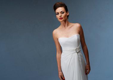 Sarah Grünewald i Lasse Spangenberg brudekjole