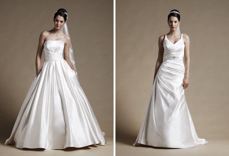 smal brudekjole med stropper og bælte samt brudekjole med flot draperet corsage