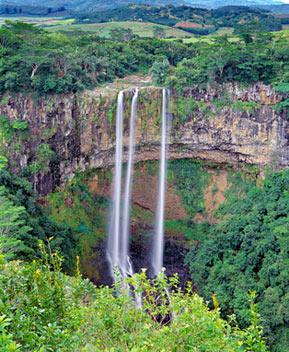 Flot vandfald på Mauritius