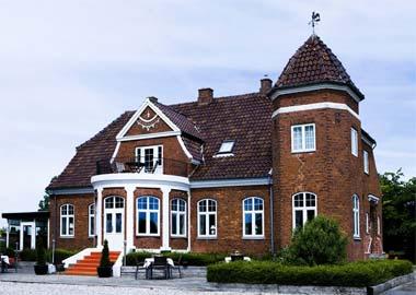 Skjalm Hvide Hotel slot facade
