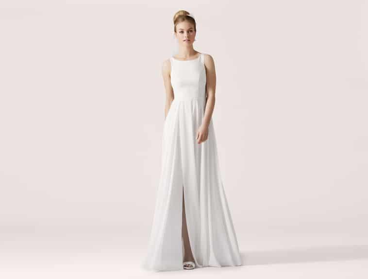 brudekjole med slids foran