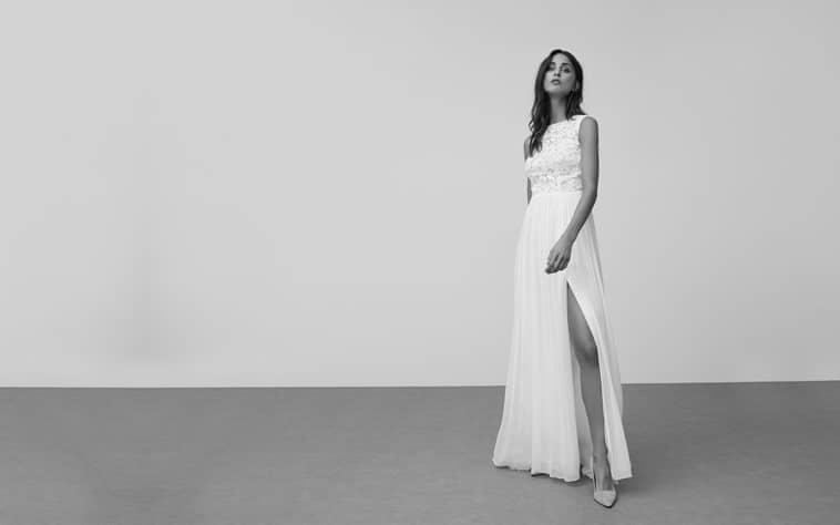 brudekjole med høj slids