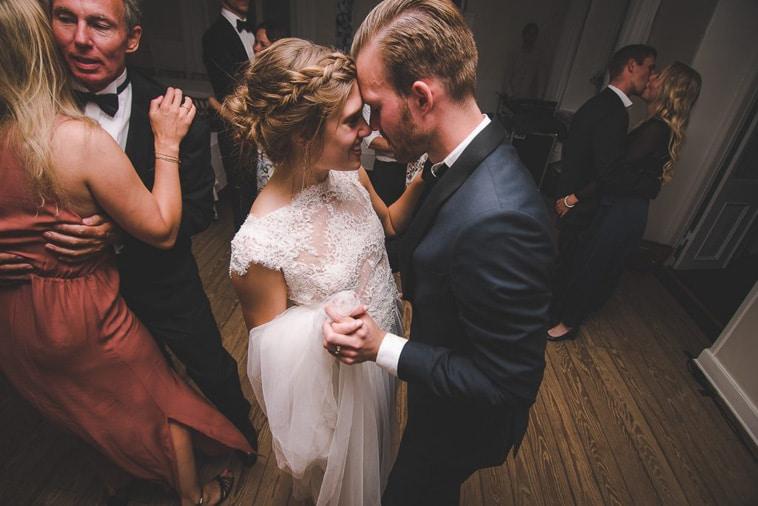 brudepar danser