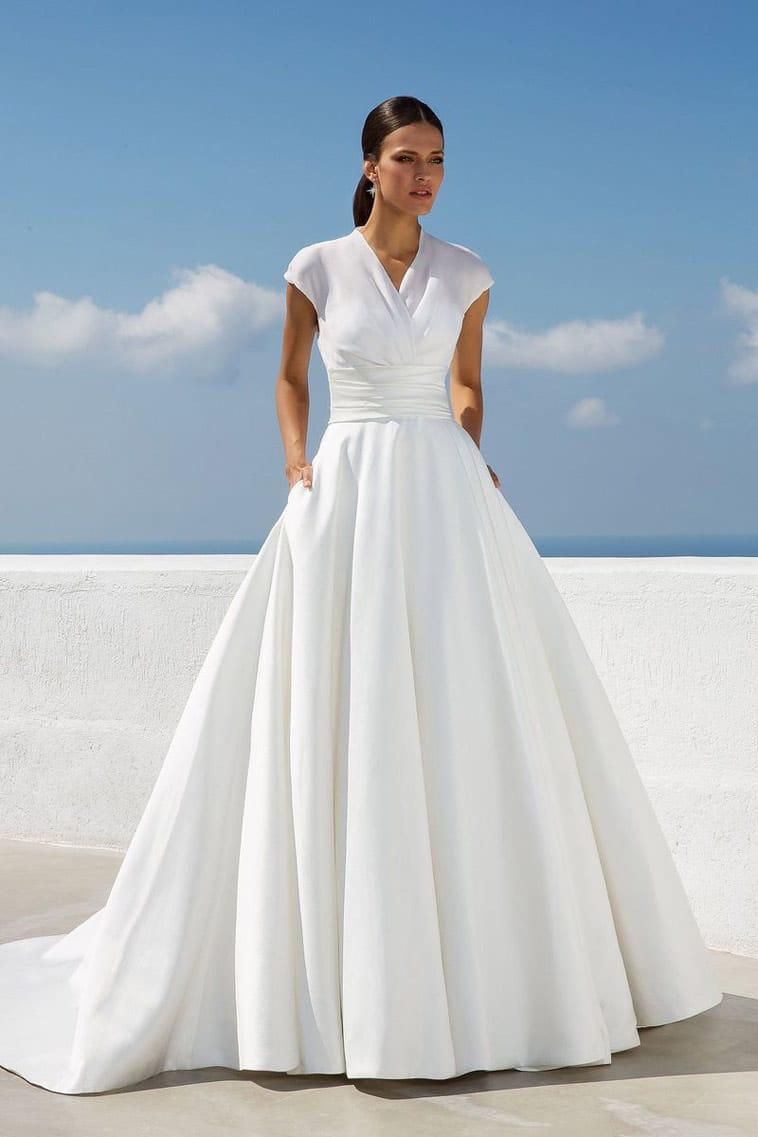 brudekjole med lommer