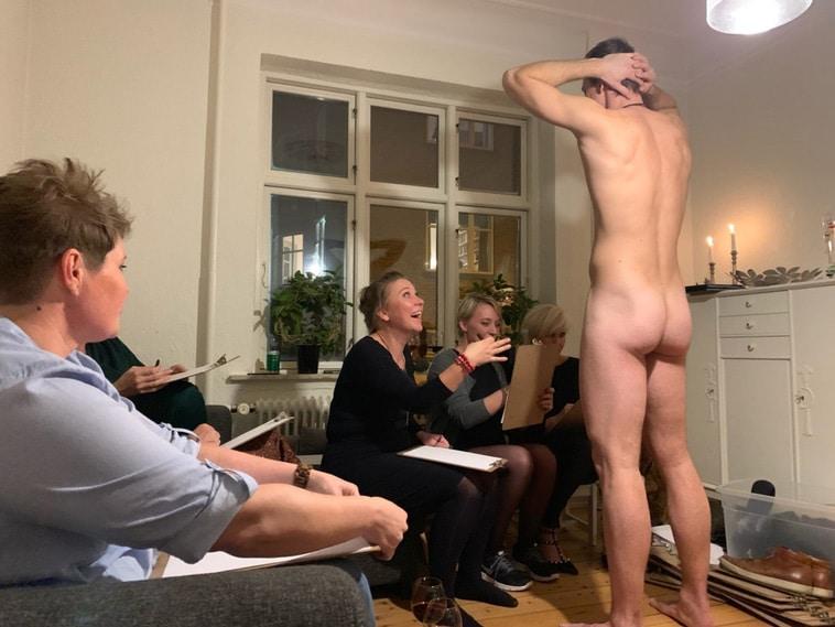 Nøgen croquis model til polterabend