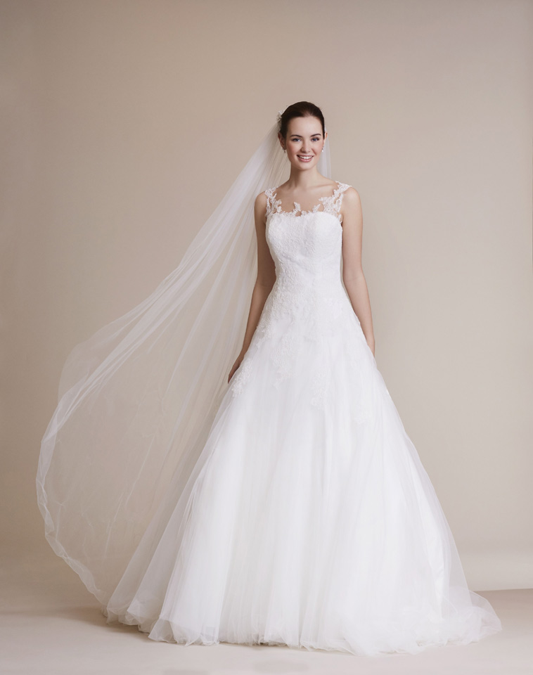 brudekjole med a-line