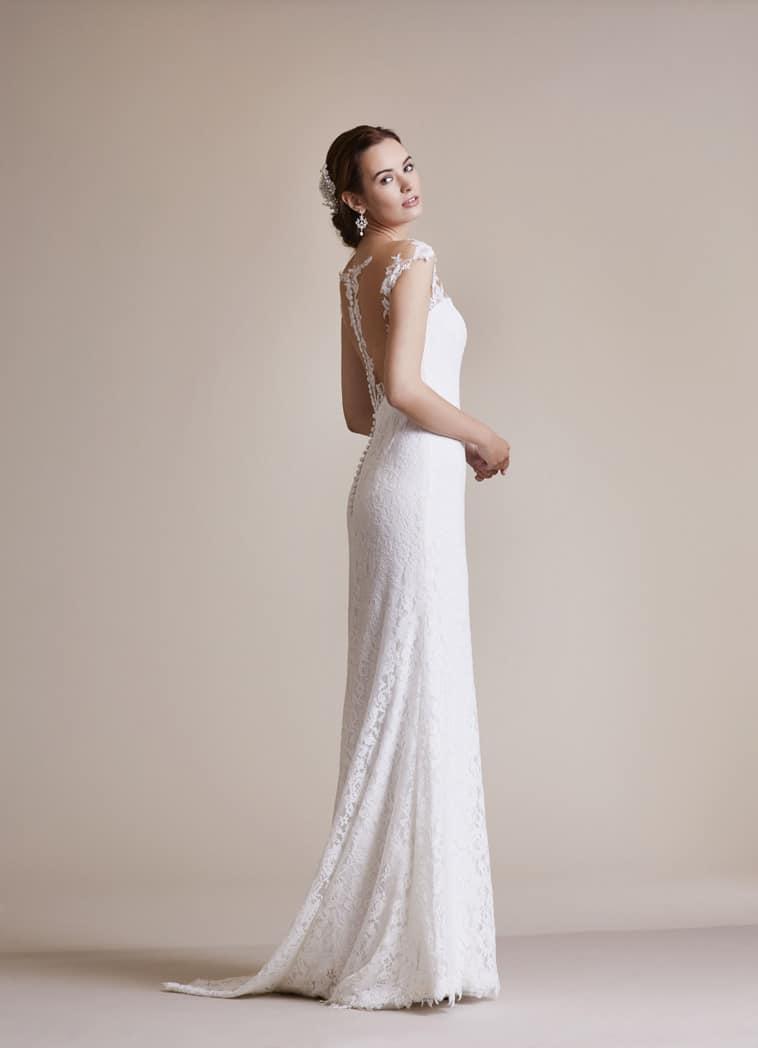 slank brudekjole med fin ryg