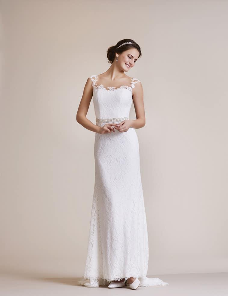slank brudekjole med bælte