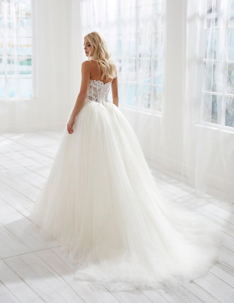 prinsesse brudekjole med tyl og blonder