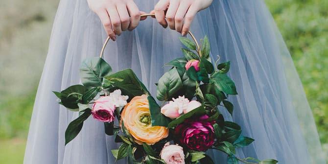 enkelt blomst til bryllup