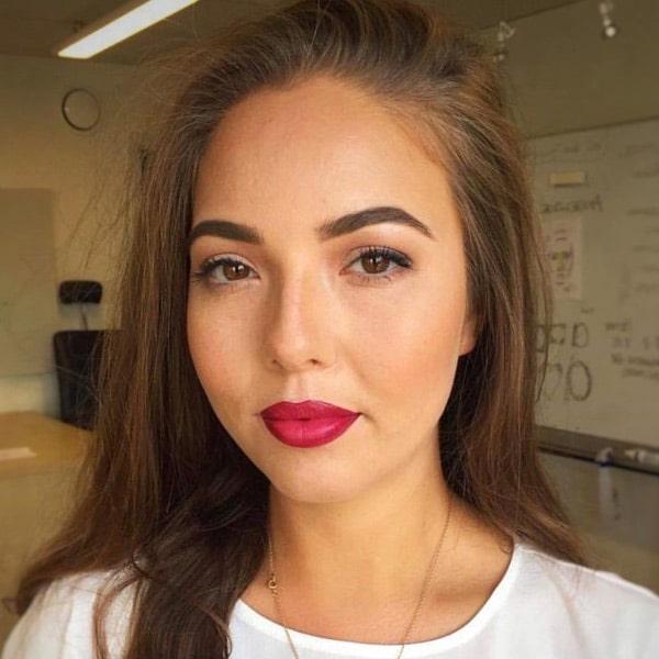 brud-med-røde-læber