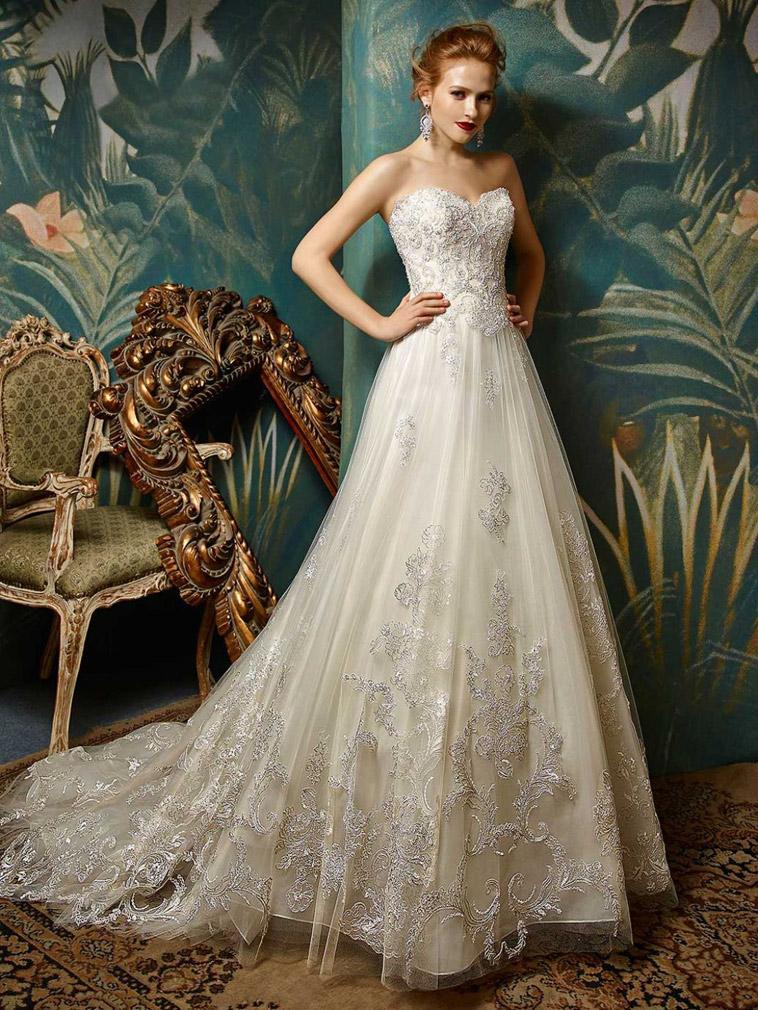 brudekjole med tylskørt
