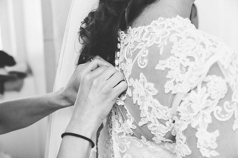 brudekjole-lukkes