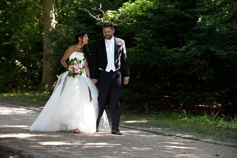 brudepar-i-skov