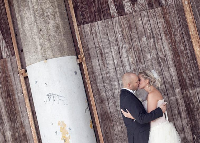 brudepar-kysser