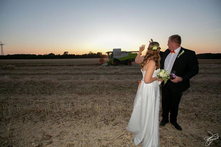 brudepar-på-mark