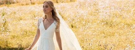 Smukke brudekjoler hos Casa Lezar