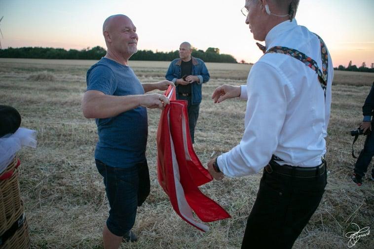 flag-foldet-sammen