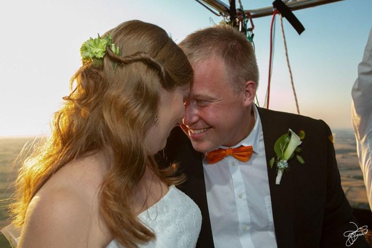 forelsket-brudepar