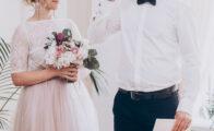Giftes igen? Farvet eller hvid brudekjole?