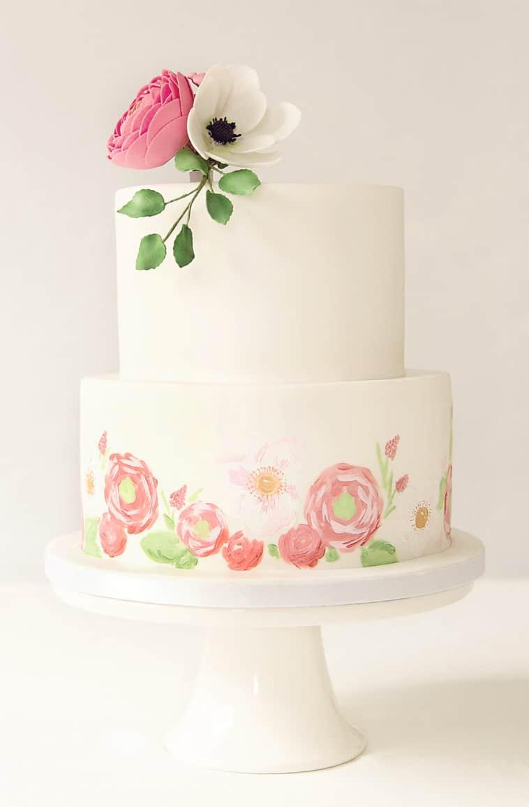 Bryllupskage 2 lag med håndmalede blomster