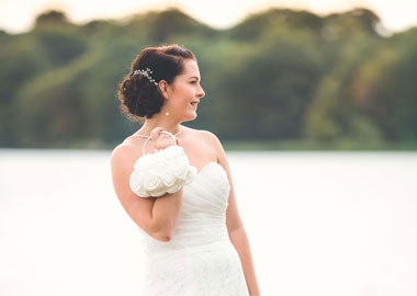6bd17f358eb6 Brudetilbehør fra alle de førende brudeforretninger i Danmark