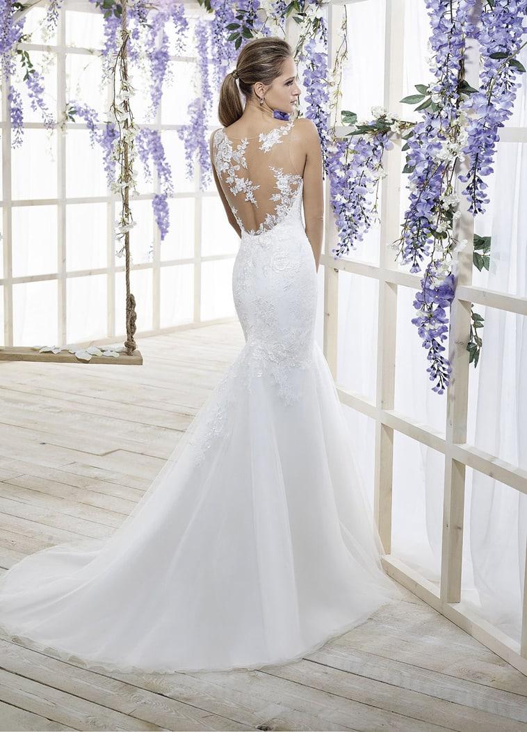 Brudekjole havfrue facon med ryg i tyl og blonde