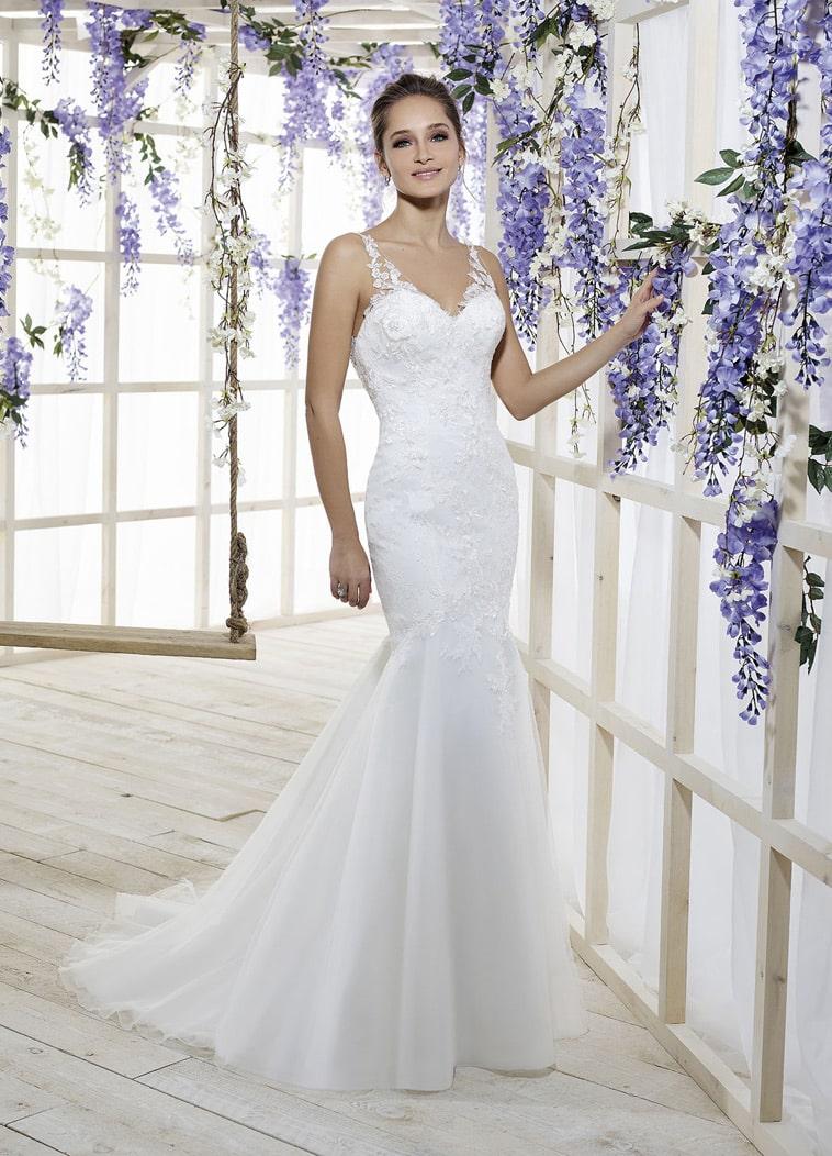 Brudekjole havfrue facon med stropper i tyl og blonde