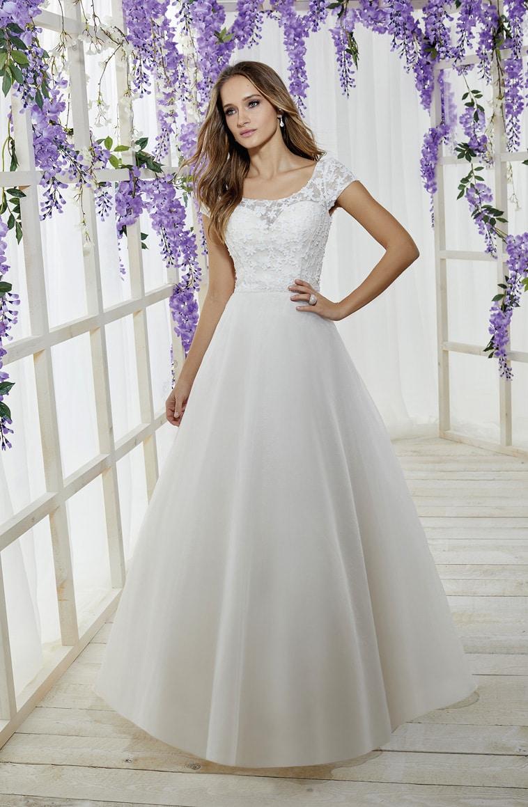 A-line brudekjole med perlebesat blonde overdel og tyl skørt