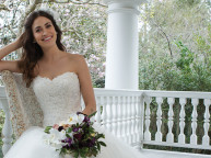 Få en valgfri brudekjole gratis