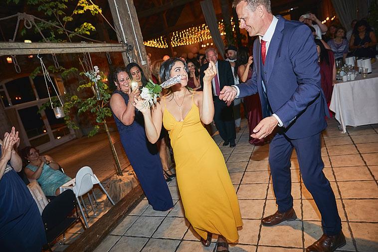 kvinde-danser til bryllup