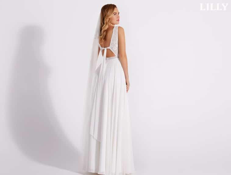 brudekjole med bindebånd i ryggen