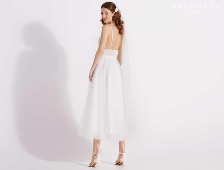 3/4 lang brudekjole med bar ryg