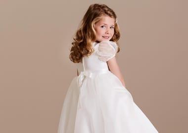 Brudepigekjoler til voksne og børn