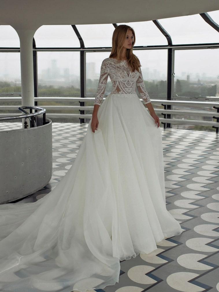prinsesse brudekjole i tyl og organza