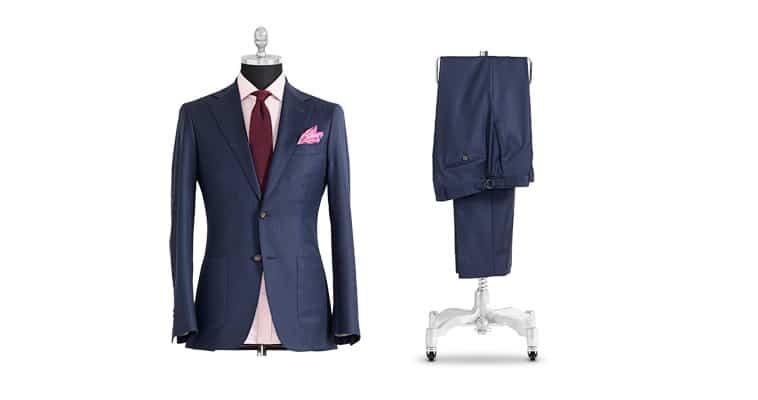 mørkeblåt jakkesæt