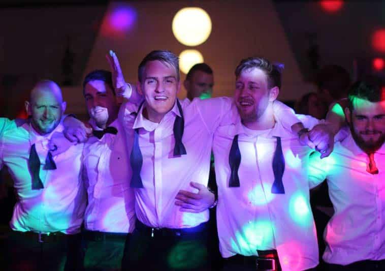 Glade mænd til bryllup