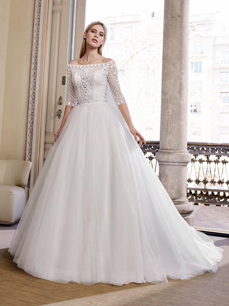 Prinsesse brudekjole med stort tyl skørt