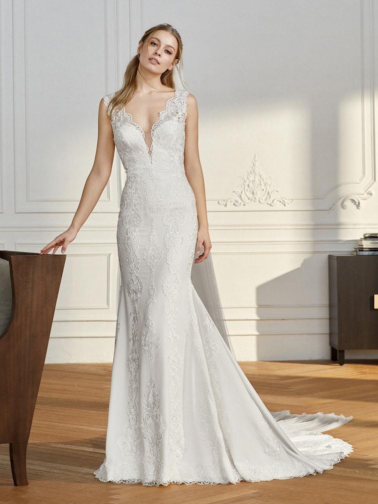 havfrue brudekjole med brede blonde stropper