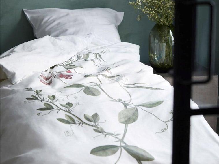 sengetøj-blomstermotiv
