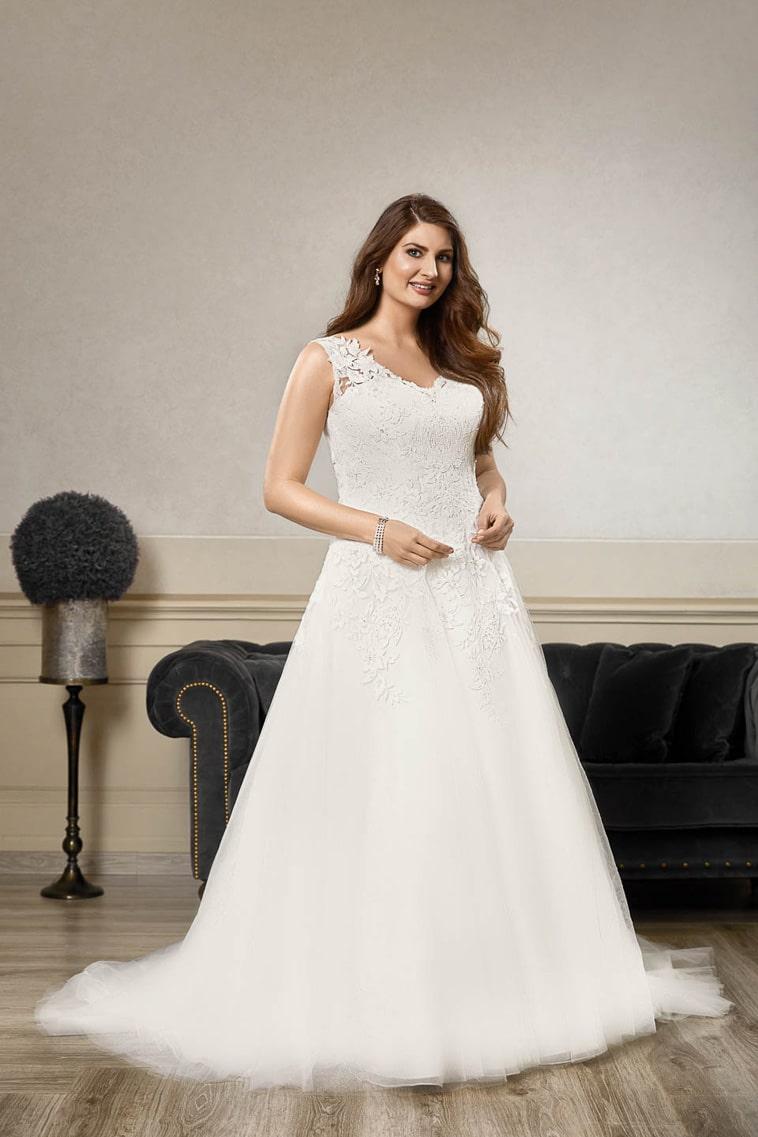plus size brudekjole med va hals og stropper
