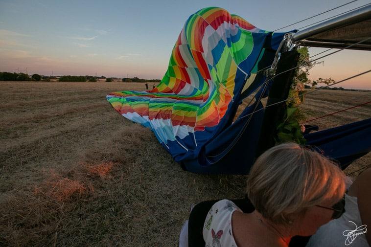 varmluftballon-pakkes-sammen