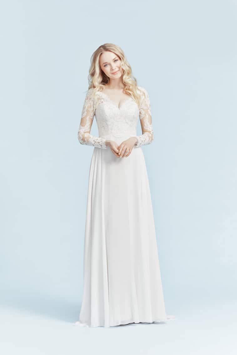 brudekjole med lange blonde ærmer