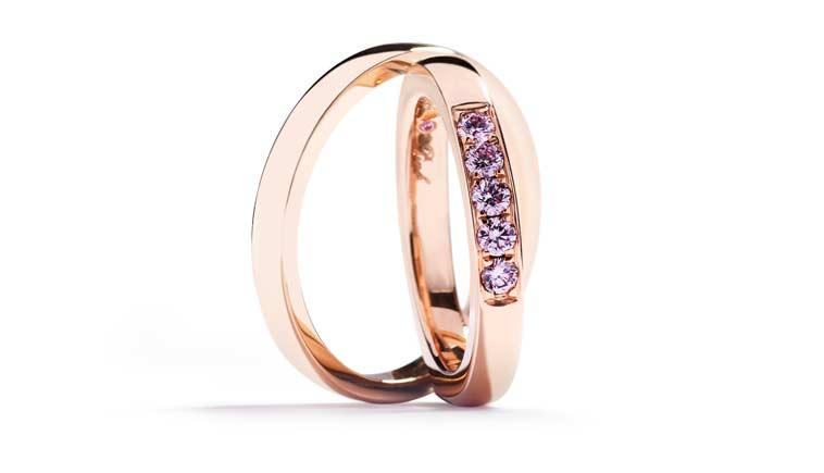 Vielsesringe med Argyle Pink diamanter